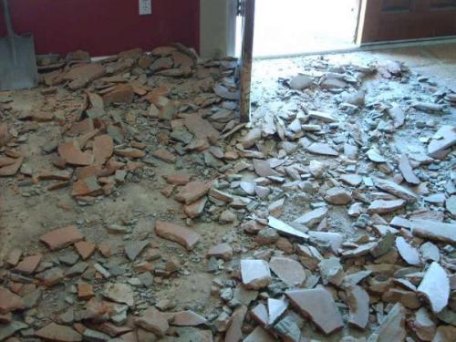 Демонтаж старой стяжки бетонного пола